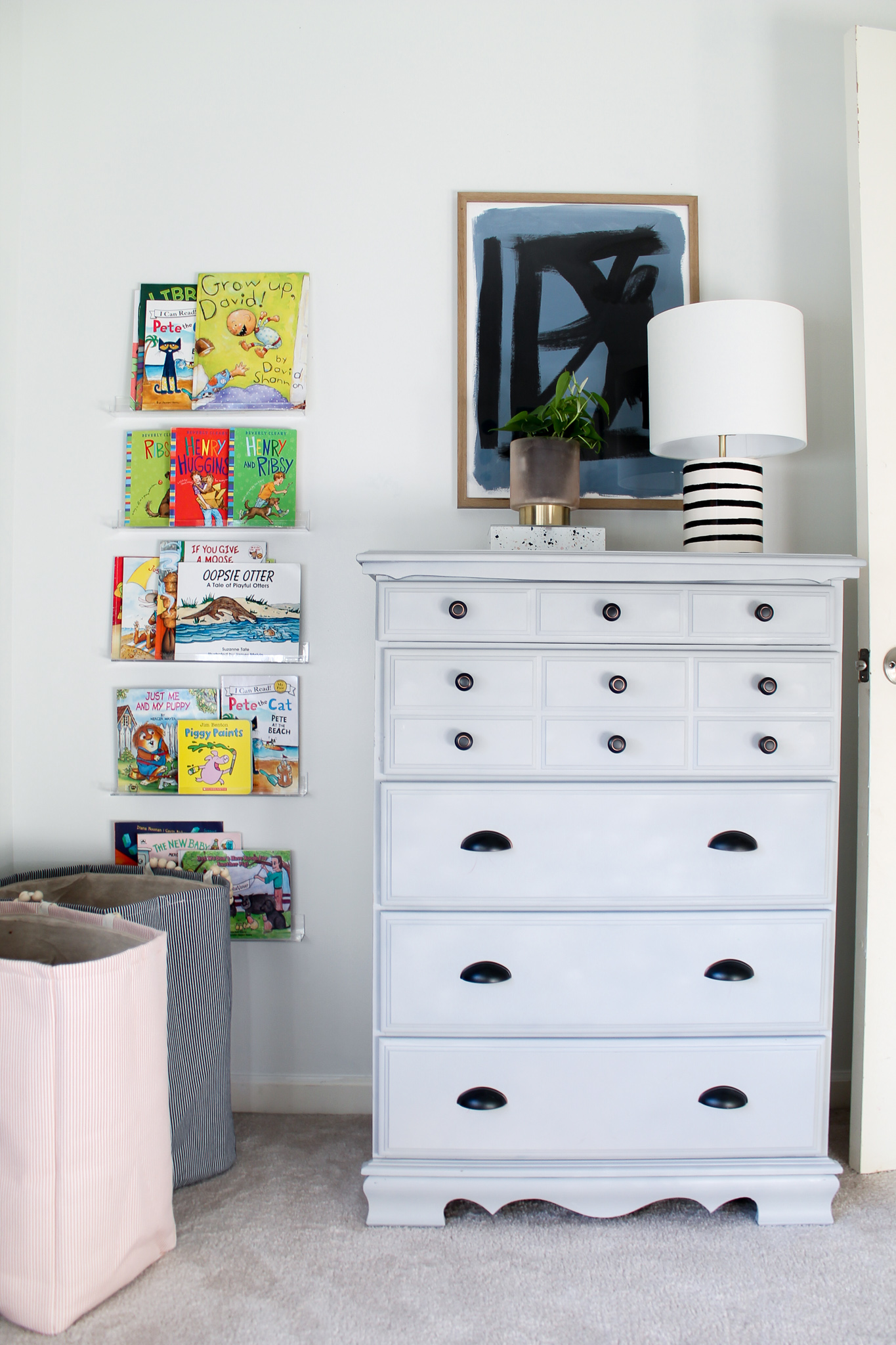 Pink & Blue Children's Bedroom + Wall Mural + Clear Acrylic Bookshelves