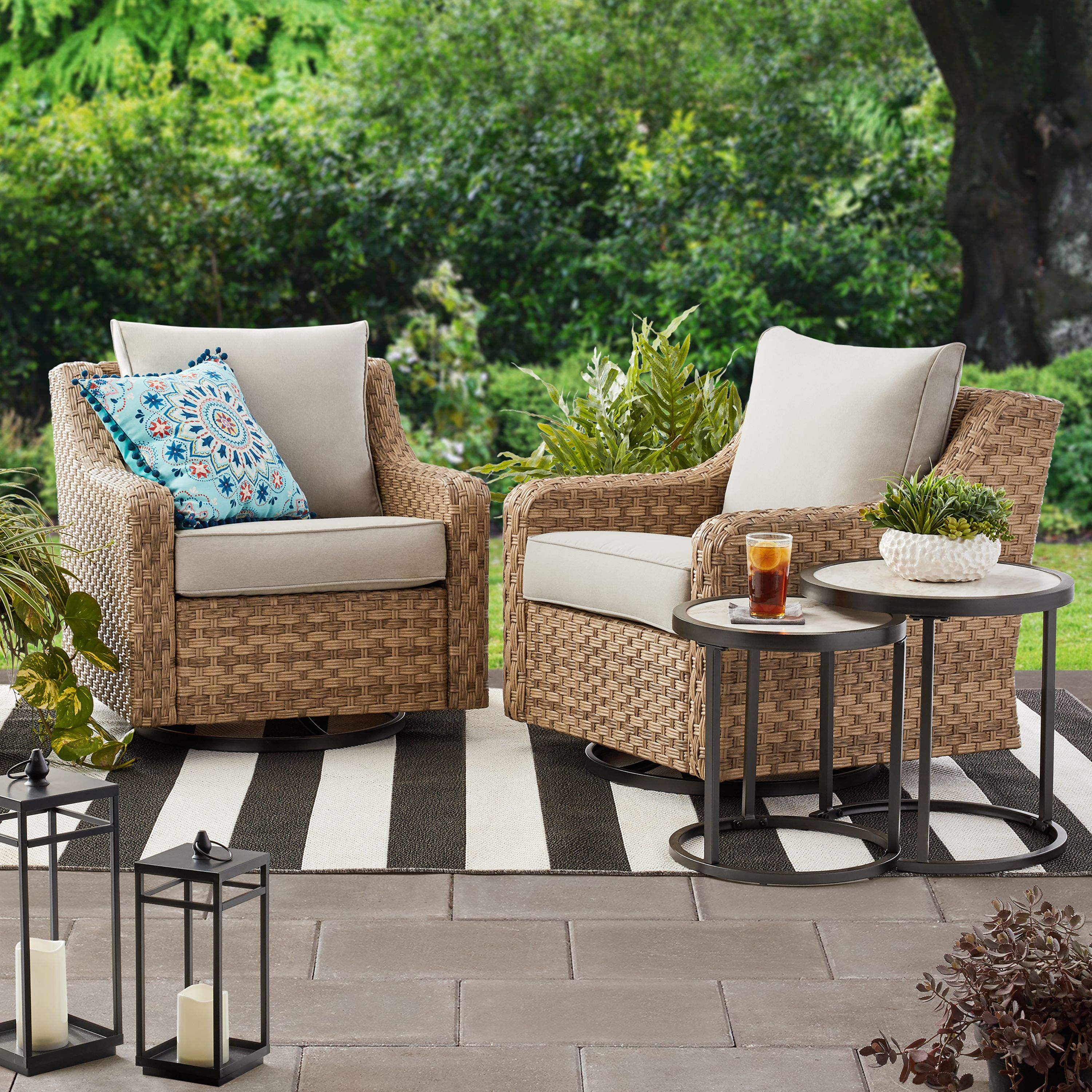 The Best Affordable Outdoor Swivel Chairs at Walmart